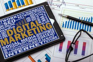 統合デジタルマーケティングコンサルタント
